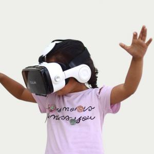 visore realtà aumentata e realtà virtuale summer campus corsi estivi fablab milano